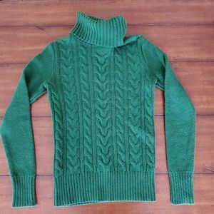 Forest green turtle neck knit sweater
